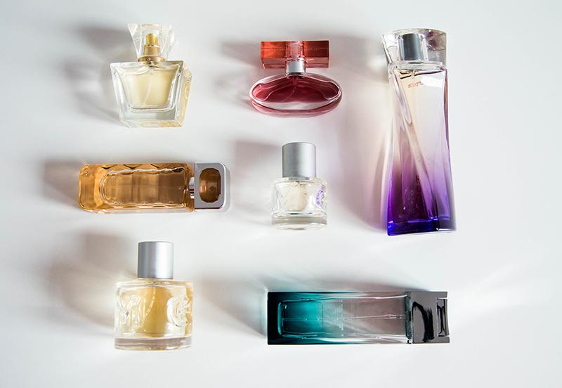 7 bottles of perfume