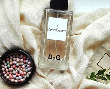 D&G bottle on sheets